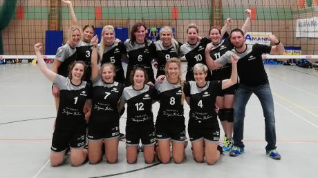 Die Schwabmünchner Volleyball-Frauen dürfen sich weiter Hoffnung auf den Aufstieg machen.
