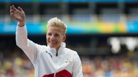 Marieke Vervoort war eine der erfolgreichsten Sportlerinnen, die Belgien je gehabt hat. Die mehrfache Paralympics-Siegerin nahm nun Sterbehilfe in Anspruch. In ihrer Heimat Belgien ist das legal. Die letzten Jahre ihres Lebens seien wegen ihrer Erkrankung eine dauerhafte Qual gewesen.