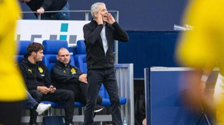 Der BVB enttäuscht gegen Schalke - und steht vor schwierigen Wochen. Gegen Wolfsburg, Mailand und Bayern entscheidet sich wohl auch die Zukunft von Trainer Lucien Favre.