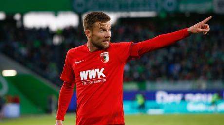 Daniel Baier ist wieder zurück auf dem Platz. Gegen Wolfsburg zeigte er sich nach seiner Verletzungspause kämpferisch wie eh und je. Belohnt wurde das mit einem Punktgewinn.