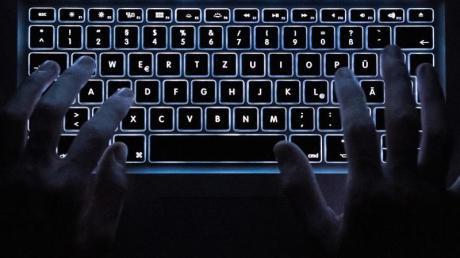 Eine Hackergruppe soll Sport-Organisationen angegriffen haben. Foto: Silas Stein/dpa