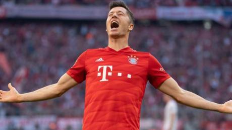 Bayern-Stürmer Robert Lewandowski will auch im DFB-Pokal jubeln.