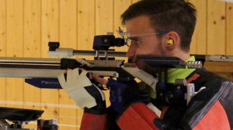 Der aus Walkertshofen stammende Jens Kalatschek schießt seit dieser Saison wieder für die Tell-Schützen Tronetshofen/Willmatshofen.