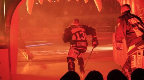 Steffen Tölzer ist Kapitän der Augsburger Panther und ab Freitag alleiniger Rekordspieler des Klubs.
