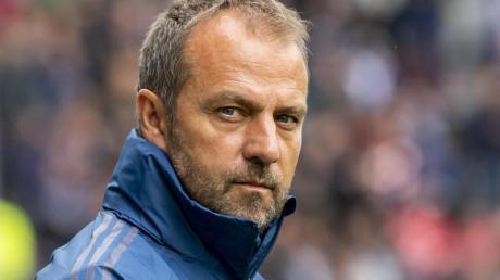 Hansi Flick hat nur ein Training zur Vorbereitung mit den Bayern-Profis auf das Spiel gegen Piräus.