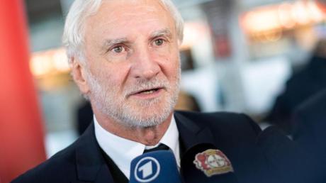 Rudi Völler möchte mit Leverkusen noch Gruppendritter werden.
