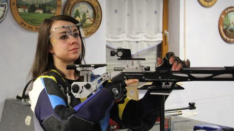 Jessica Preckel war früher die Nummer eins bei den Tagbergschützen. Am Sonntag trifft sie mit Staudheim auf die Gundelsdorfer.