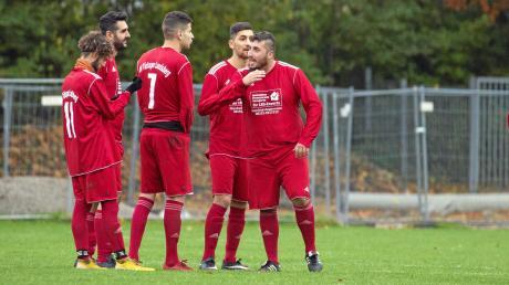 Am letzten Spieltag vor der Winterpause sind Türkspor Landsberg die Spieler ausgegangen. Damit fuhr der FC Dettenschwang kampflos die drei Punkte ein.