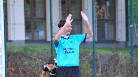 Zurück beim SC Unterliezheim und mit seiner Mannschaft auf Aufstiegskurs ist Spielertrainer Andreas Hurler, hier noch im Trikot der SG Unterringingen/Amerdingen.