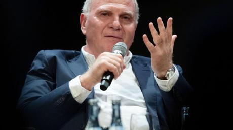 Hat bis vier Uhr in der Nacht an seiner Abschiedsrede gefeilt: Uli Hoeneß.