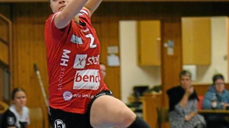Die Günzburgerin Lena Götz stellte die Abwehr der Gäste immer wieder vor Probleme und erzielte beim 36:19-Sieg zehn Tore.