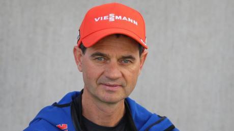 Stefan Horngacher ist seit dem Sommer Bundestrainer der deutschen Skispringer. Im Training hat er schon einiges geändert.