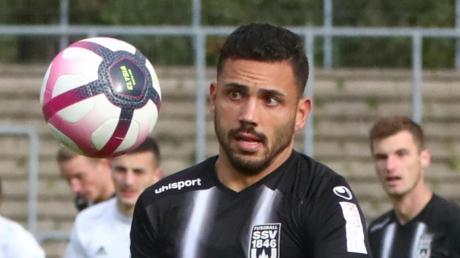 Ulms Burak Coban erzielte das 1:0 gegen Karlsruhe.