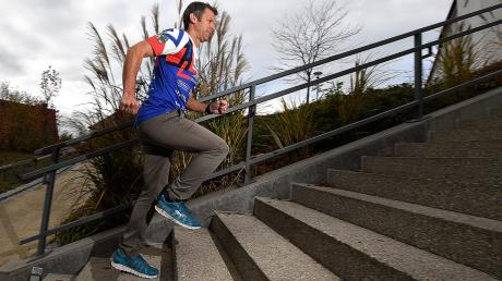 Schritt für Schritt zum Erfolg: Vor seiner Teilnahme am Ironman auf Hawaii war Carsten König im vergangenen Jahr in seiner Altersklasse bayerischer Meister in der olympischen Distanz. Mit dem Zieleinlauf auf Hawaii ist für den Günzburger nun Lebenstraum in Erfüllung gegangen.