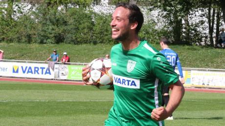 Philipp Buser, Kapitän des Nördlinger Bayernliga-Teams, ist ein sehr emotionaler Fußballer. Ab dem Sommer 2020 wird er Spielertrainer beim aktuellen Bezirksliga-Schlusslicht SV Holzkirchen.