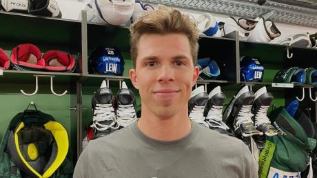Ein neuer Stürmer für die Panther: Scott Kosmachuk spielt ab sofort für den AEV in der Deutschen Eishockey Liga.