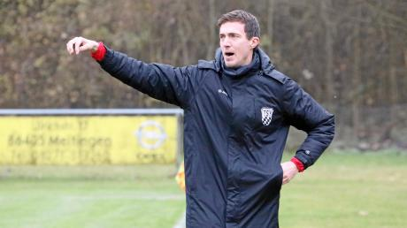 """Rains Trainer Markus Kapfer betont vor der Partie gegen den FC Günzburg, im letzten Fußballspiel des Jahres 2019: """"Wir werden alles aufbieten, was wir noch zusammenkratzen können."""