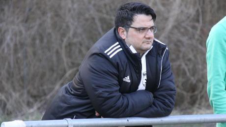 Nachdem er momentan kein Traineramt ausübt, hat Ali Dabestani Zeit, bei seinen ehemaligen vereinen TSV Meitingen oder TSV Gersthofen zuzuschauen.