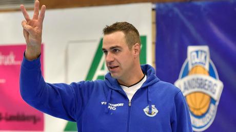 Trainer Ryan Broker und sein Team wollen den zweiten Sieg holen.