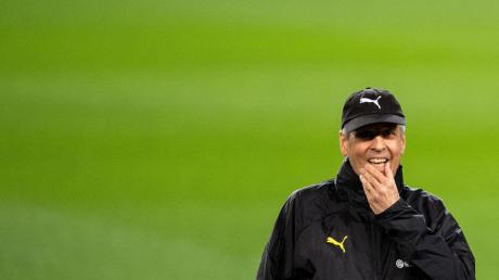 Verzichtet gegen den FC Barcelona zunächst auf Jadon Sancho: Dortmunds Trainer Lucien Favre.