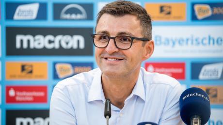 Trainer Michael Köllner würde gern ins Trainingslager fahren.