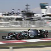 Valtteri Bottas vom Team Mercedes. Formel-1 2020 live: TV-Übertragung live in Fernsehen & Stream - TV-Termine. Free-TV und Gratis-Stream auf RTL oder Pay-TV auf Sky oder DAZN?