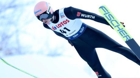 Programm, Termin, Zeitplan und Live-TV: Hier informieren wir über die Vierschanzentournee in Garmisch-Partenkirchen. Läuft Skispringen im Free-TV?