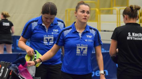 Nach fünf spannenden Sätzen mussten Martina Erhardsberger und Vitaljia Venckute (von links) dann doch das Handtuch werfen. Gegen Tostedt gab es für den TTC Langweid eine 2:6-Heimniederlage.
