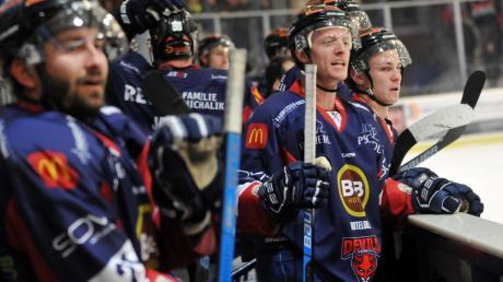 Die Bank der Devils Ulm/Neu-Ulm ist erfolgsverwöhnt. Auch gegen Pfronten blieb das Team unbesiegt.