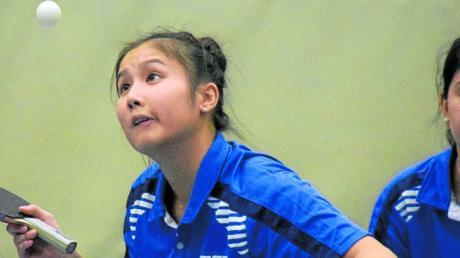 Das Langweider Doppel Thi Hong Loan Le (links) und Nathaly Parades musste sich im fünften Satz geschlagen geben.