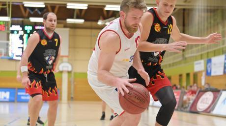 Die Basketballer des TSV Nördlingen (im Bild Tobias Mussgnug) haben ihr Heimspiel gegen den TSV Weilheim gewonnen. Die Rieser zeigten eine überzeugende Leistung.