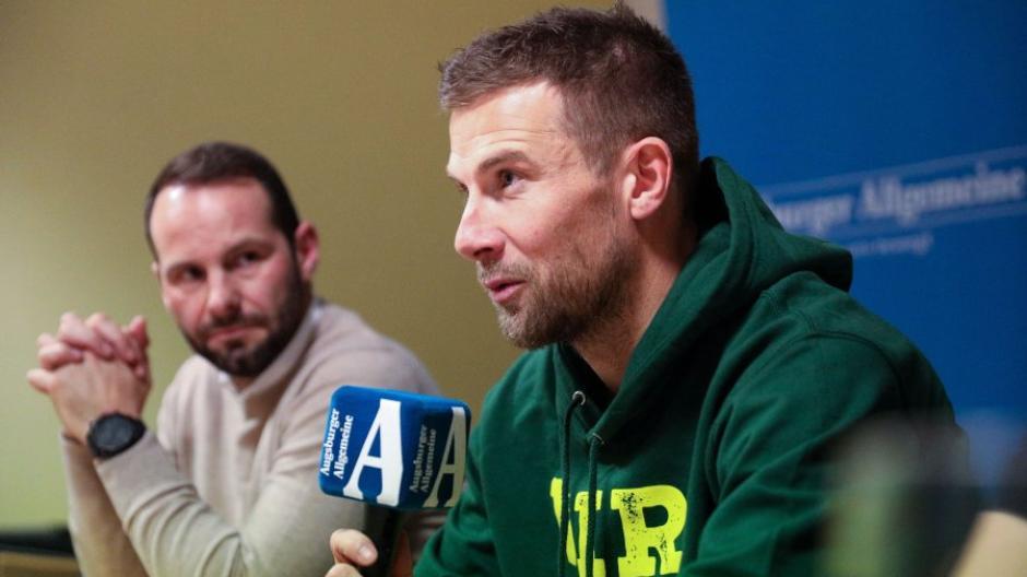 Daniel Baier will weiterhin für den FC Augsburg in der Bundesliga spielen.