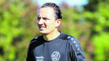 Ist inzwischen in der fünften Saison Trainer des VfR Neuburg: Derzeit belegt Christian Krzyzanowski mit seiner Mannschaft in der Landesliga Südwest den zweiten Platz.