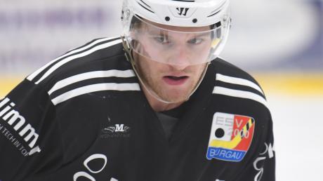 Voll fokussiert gehen Danny Grünauer und seine Burgauer Eisbären in die Spiele gegen Bad Aibling. Sechs Punkte sind eigentlich ein Muss.