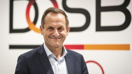 Möchte vor einer Olympia-Bewerbung die Bevölkerung befragen lassen:DOSB-Boss Alfons Hörmann.