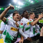 Ein verwandelter Elfmeter in der Nachspielzeit – so gewinnt eigentlich nur der FC Bayern. Am Samstag war es aber die Gladbacher Borussia, die sich auf diese Weise den Sieg holte – ausgerechnet im Duell gegen den deutschen Rekordmeister.