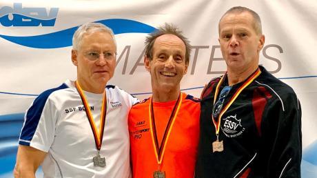 Matthias Weiss (Mitte) gewann bei der deutschen Masters Meisterschaft drei Titel.