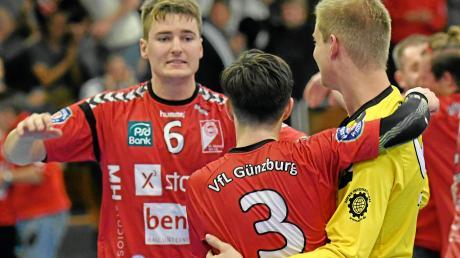 Dürfen die Youngster beim VfL Günzburg (von links) Stephan Jahn, David Pfetsch und Dennis Mendle auch gegen Waldbüttelbrunn wieder feiern?