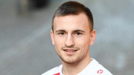 Der 21-jährige Lukas Glade spielt nun im Trikot des Bezirksliga-Spitzenteams SC Bubesheim.