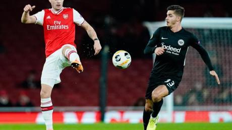 Wird mit Hertha BSC in Verbindung gebracht: Arsenals Granit Xhaka (l).