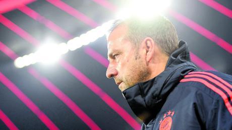 Hansi Flick als Bayern-Trainer – ein Bild, an das man sich gewöhnen sollte. Er bleibt mindestens bis zum Sommer Coach des FC Bayern.