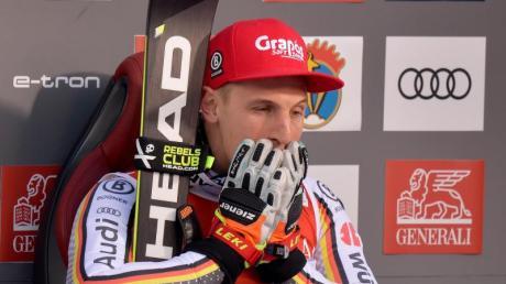 Fassungslos: Josef Ferstl gewann als erster Deutscher den Super-G in Kitzbühel.