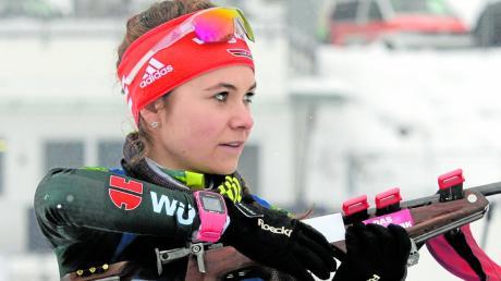 Marina Sauter im Dezember vor zwei Jahren beim IBU-Junior-Cup in Ridnaun/Südtirol. Jetzt nimmt die sympathische junge Bächingerin auch bei den Erwachsenen die Qualifikation für den IBU-Cup ins Visier.