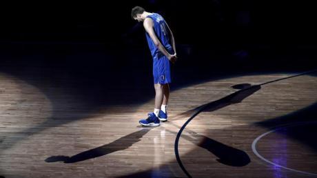 DirkNowitzki kündigte im April nach 21 Profijahren bei denDallas Mavericks in der NBA das Ende seiner Basketball-Karriere an.