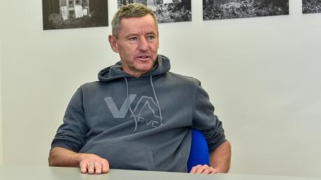 Nach den aufregenden Monaten mit dem angekündigten Vereinswechsel und seiner Suspendierung als Handball-Abteilungsleiter ist Roland Neumeyer wieder entspannt: Die Handballer bleiben beim TSV Landsberg, trotzdem hat der Aufruhr Wirkung gezeigt.