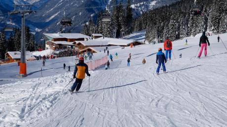 Gute Pistenbedingungen fanden die Teilnehmer der Meringer Skikurse vor. Auch für die Vereine, die Vereine, die erst im neuen Jahr mit ihren Kursen beginnen, sind die Voraussagen gut. Und die Kurse sind erfreuen sich großer Beliebtheit, sie sind überall ausgebucht.