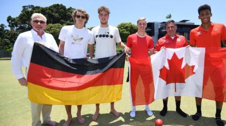 Das deutsche Team um Kapitän Boris Becker, Alexander Zverev und Jan-Lennard Struff (l-r) trifft unter anderem auf Kanada.