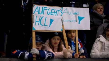 Auch der HC Landsberg steht noch nicht ganz sicher in der Verzahnungsrunde. auf die Unterstützung der Fans können die Riverkings aber bauen.