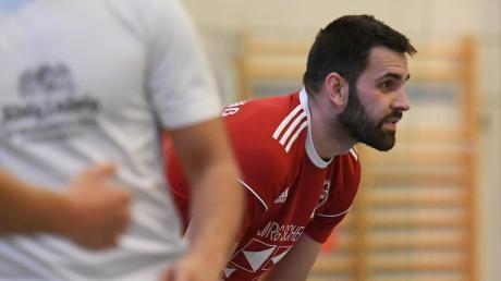 Nicht verstecken wollen sich Selami Murseli und der TSV Neusäß, der wie im Halb-finale der Landkreismeisterschaft auf den TSV Bobingen trifft.