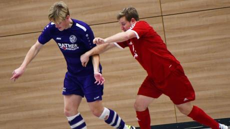 Standen sich im vergangenen Jahr in einem packenden Finale gegenüber: Rainer Meisinger (links) vom VfR Neuburg und Sascha Fröhlich (rechts) vom FC Rennertshofen.